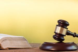 Das Landgericht widersprach dem Amtsgericht: Die Hälfte vom Balkon wird nicht zur Wohnungsgröße gezählt, nur weil das Ortssitte sei