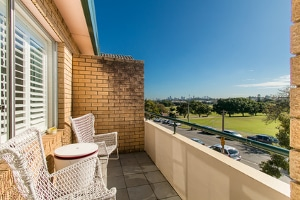 In der Regel gehört nur ein Viertel vom Balkon zur Wohnungsgröße.