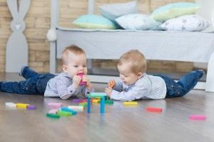 Babyglück bei Mietern: Darf der Kinderwagen im Treppenhaus stehen?