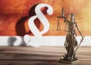 Kündigung: Auch bei Untervermietung greifen gesetzliche Kündigungsfristen.