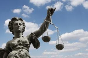 Es existieren unterschiedliche Urteile zur Mietminderung bei defekter Klingel.