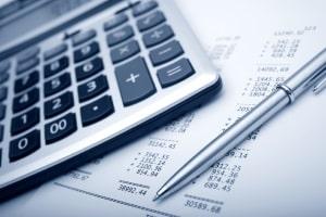 Mietschulden nachzahlen: Auf die fristgemäße Kündigung des Vermieters nimmt das keinen Einfluss.