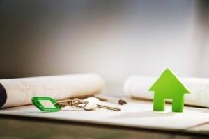 Liegt ein Mietvertrag ohne Hausordnung vor, ist oft eine allgemeine als Aushang im Haus vorhanden.