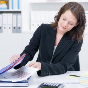 Ein Rechtsanwalt für Mietrecht aus Bielefeld hilft bei Anliegen bezüglich eines Mietverhältnisses.