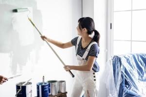 Schönheitsreparaturen: Die gesetzliche Regelung legt bestimmte Fristen fest.