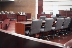 Ein Vermieterrecht bei der Eigenbedarfskündigung ist das Einreichen einer Räumungsklage.