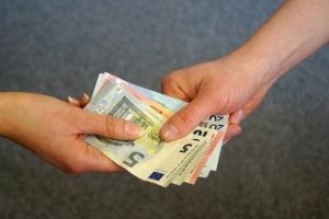 Makler dürfen keine Vermittlungsgebühr von Mietern fordern.